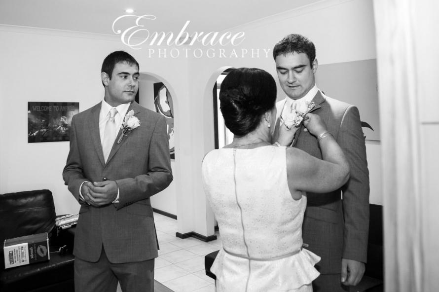 Glen-Ewin-Estate-Gatehouse-Wedding-Photographer---M&A---0002