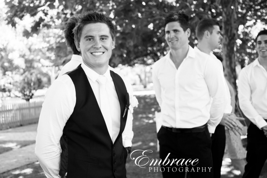 Sunnybrae-Function-Centre-Wedding-Photographer---Matt-and-Stacey---0011