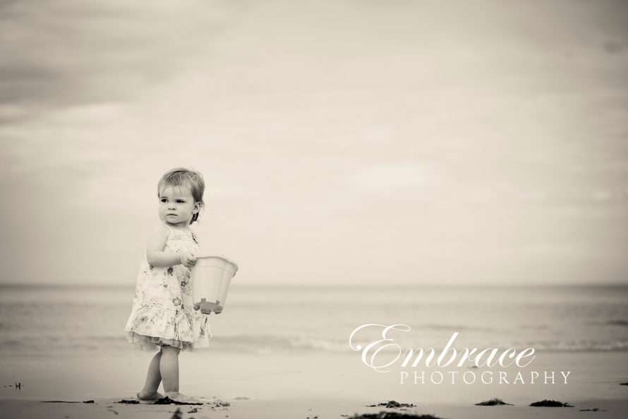 girl-sand-adelaide-family-photographer-embrace-photography